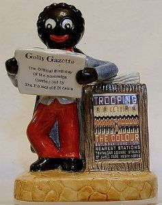 Artware Collectables Small Golly Newsvendor -Trooping The Colour 2013 - OUT OF STOCK